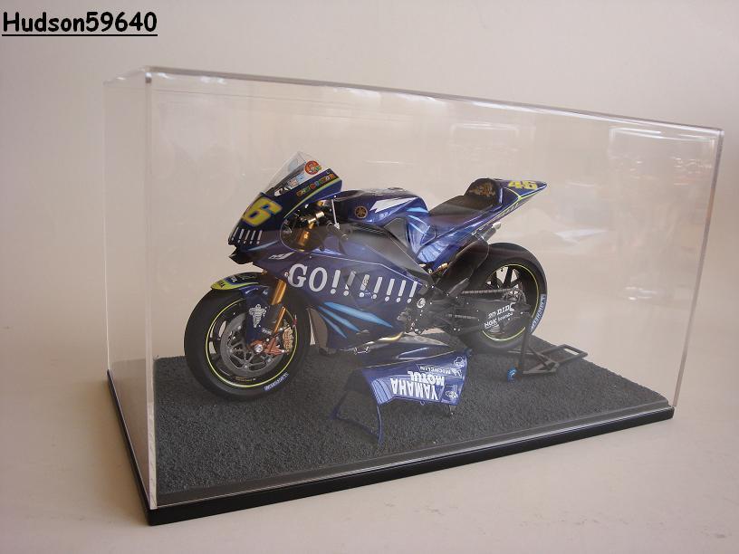 maquette moto 1/12 (hudson59640) - Page 2 DSC03426